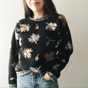 Vintage Fall Leaf Crewneck Thick Wool Sweater S